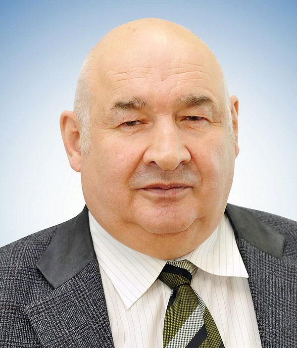 Бузуркиев Мустафа Хакешович